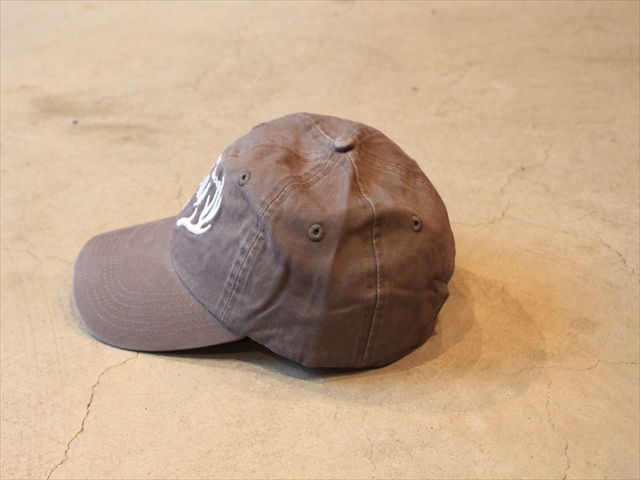 "Antler&Woods ""Big Antlers Dad Hat"" Weathered Gray"